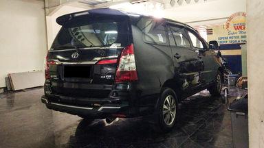 2014 Toyota Kijang Innova V - Mobil Pilihan (s-3)