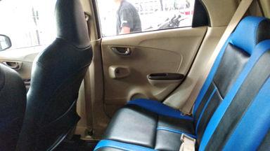 2013 Honda Brio E - mulus terawat, kondisi OK, Tangguh (s-4)