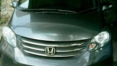2010 Honda Freed PSD AT - Bekas Berkualitas (s-2)