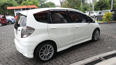 2013 Honda Jazz RS - Kondisi Mulus (s-4)