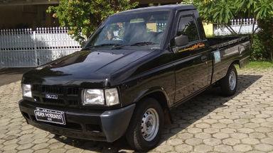2012 Isuzu Panther Pick Up - Barang Cakep
