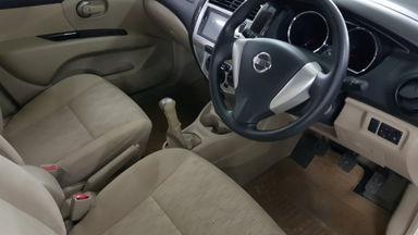 2017 Nissan Grand Livina SV M/T - Nego Halus Like New Tdp Rendah (s-7)