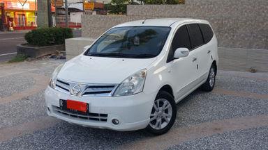 2011 Nissan Grand Livina 1.5 XV - Mulus Siap Pakai