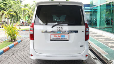 2013 Toyota Nav1 V lux - Murah Dapat Mobil Mewah (s-4)