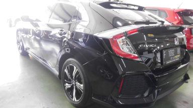 2018 Honda Civic VTEC turboo - Tampilannya keren, KMnya sedikit, layak dipilih untuk pakai harian. (s-1)