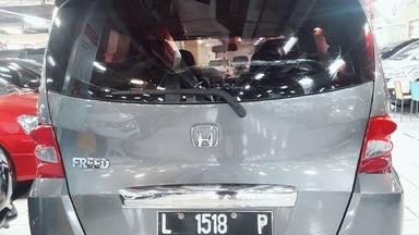2011 Honda Freed 1.5 E PSD A/T - Istimewa (s-2)
