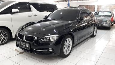 2017 BMW 3 Series 320i sport - Kondisi Ok & Terawat
