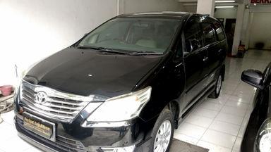 2013 Toyota Kijang Innova V - Butuh Uang