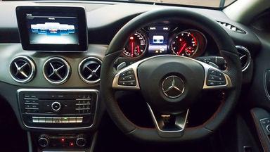2018 Mercedes Benz CLA 200 Sport AMG - Km Rendah (s-11)