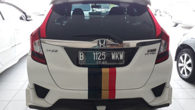 2014 Honda Jazz RS - Good Condition Siap Pakai (s-6)