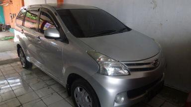 2012 Daihatsu Xenia R - Mulus Langsung Pakai