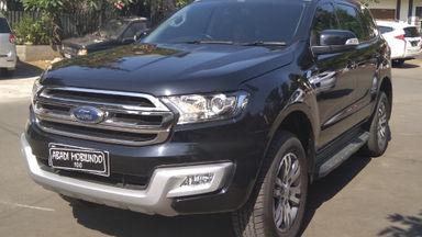 2015 Ford Everest Trendy - Barang Istimewa