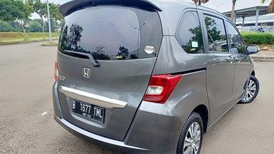 2013 Honda Freed PSD - Kondisi super mulus, siap pakai. (s-1)