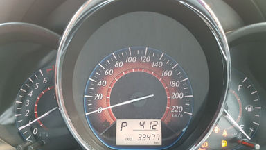 2015 Toyota Yaris S TRD Sportivo AT - Kondisi Istimewa (s-5)