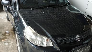 2009 Suzuki Sx4 Hatchback R - Cash Kredit / Istimewa / Garansi Mesin