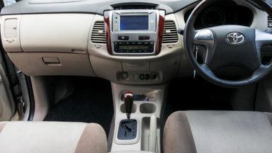 2014 Toyota Kijang Innova Grand New V - Mobil Pilihan (s-8)