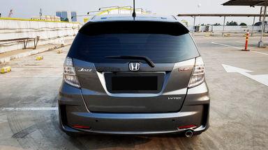 2013 Honda Jazz RS 1,5 - Mobil Pilihan (s-3)