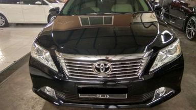 2014 Toyota Camry V - mulus terawat, kondisi OK, Tangguh