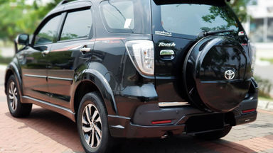 2016 Toyota Rush TRD Sportivo - Mobil Pilihan (s-3)