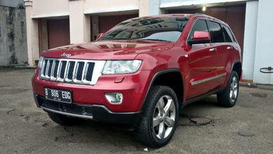 2013 Jeep Grand Cherokee Overland 4x4 - Kondisi Ok Siap Pakai