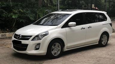 2013 Mazda 8 AT - Terawat Siap Pakai Body Mulus