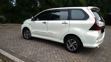 2016 Toyota Avanza Veloz 1.5 - Mobil Pilihan (s-3)