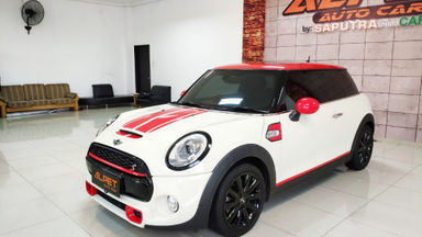 2015 MINI Cooper S 2.0 Automatic - Low Km Like New
