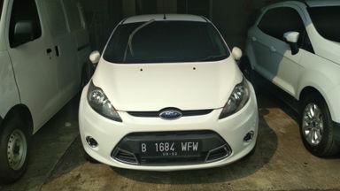 2012 Ford Fiesta s - Mobil siap pakai (s-1)