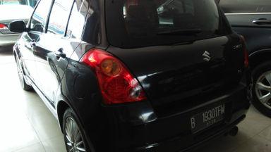 2009 Suzuki Swift st - Mobil siap pakai (s-4)