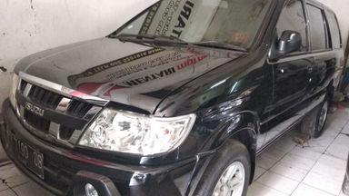 2012 Isuzu Panther LV Turbo - mulus terawat, kondisi OK