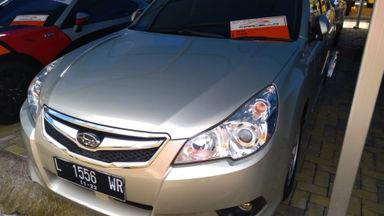 2010 Subaru Legacy 2.0 AT - Kondisi Istimewa Terawat