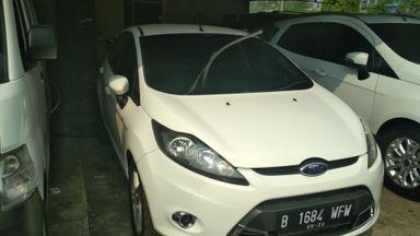 2012 Ford Fiesta s - Mobil siap pakai (s-0)