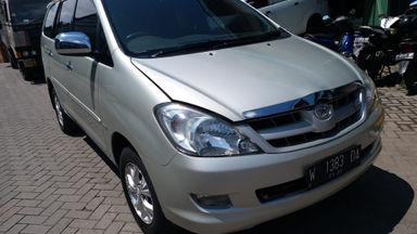 2005 Toyota Kijang Innova V - Dijual cepat mbl super istimewa.
