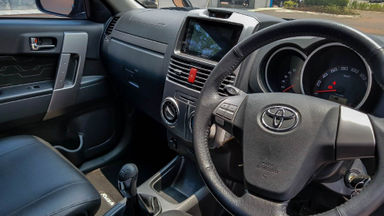 2016 Toyota Rush TRD Sportivo - Mobil Pilihan (s-5)