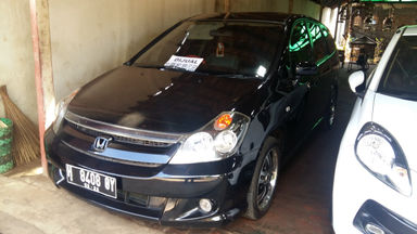 2007 Honda Stream 2.0 - Good Condition