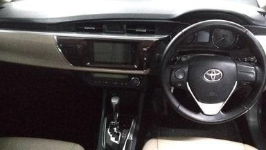 2014 Toyota Altis V Automatic - Favorit Dan Istimewa (s-1)