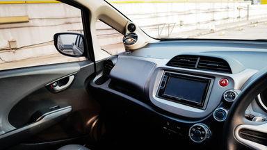2013 Honda Jazz RS 1,5 - Mobil Pilihan (s-9)