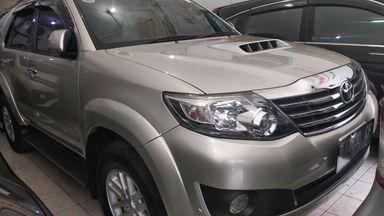 2013 Toyota Fortuner G - mulus terawat, kondisi OK, Tangguh (s-2)