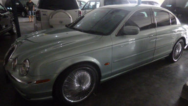 2000 Jaguar S-Type . - Unit Super Istimewa
