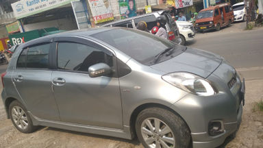 2012 Toyota Yaris e - Good Condition (s-2)