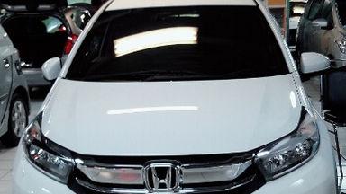 2017 Honda Mobilio E CVT - Good Contition Like New Low KM (s-1)