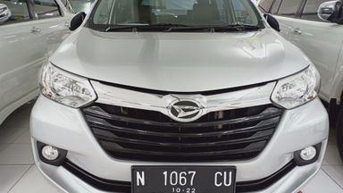 2017 Daihatsu Xenia R Std - Km rendah, seperti mobil baru (s-1)