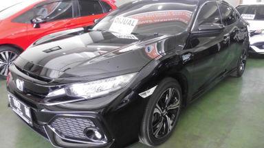 2018 Honda Civic VTEC turboo - Tampilannya keren, KMnya sedikit, layak dipilih untuk pakai harian. (s-0)