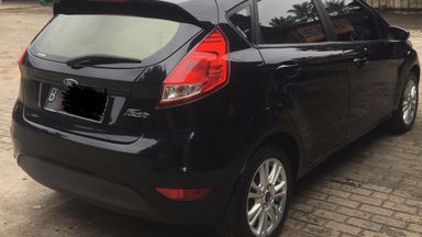 2015 Ford Fiesta Trendy 1.5 - siap nego milik sendiri good condition (s-2)