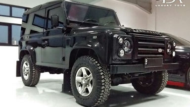 2013 Land Rover Defender 90 PU M/T - Good Condition