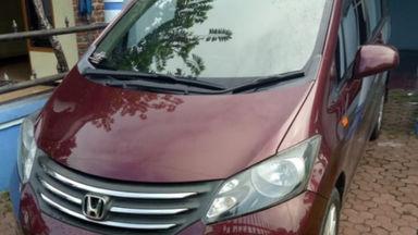2010 Honda Freed 1.5 E PSD A/T - Terawat