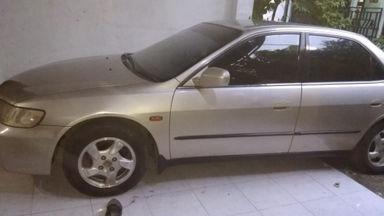 2001 Honda Accord VTIL Exclusive - Istimewa (s-0)