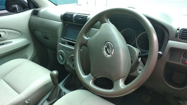 2009 Daihatsu Xenia XI - mulus terawat, kondisi OK (s-4)