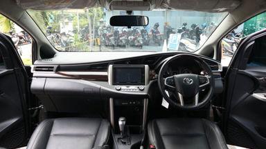 2017 Toyota Kijang Innova Venturer Q - bisa tunai / tukar tambah / kredit (s-1)