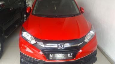 2015 Honda HR-V E CVT-Automatic - Nyaman Terawat Fitur Mobil Lengkap (s-1)